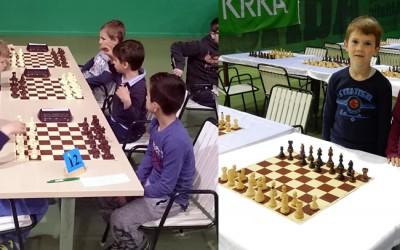 Najmlajši šahisti OŠ Rodica hrabro na prvi državni turnir