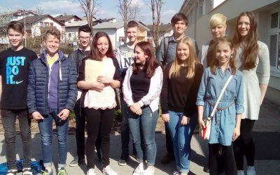 Naši mladi raziskovalci na regijskem srečanju v Grosuplju