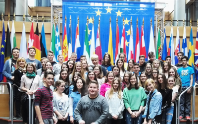 Devetošolci na obisku v Strasbourgu.