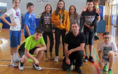 Naši učenci spet odlični v namiznem tenisu