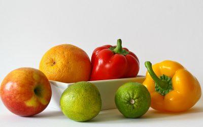 Kje naj shranjujemo sadje in zelenjavo? Vpliv vlažnosti in temperature zraka na izgubljanje tekočine v sadju in zelenjavi